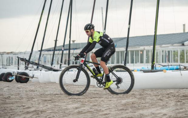 Naecon Beachrace Oostende: Thomas Chamon de snelste in sprint met twee